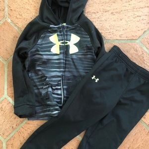 Under Armour Shirts & Tops - Under Armour Outfit